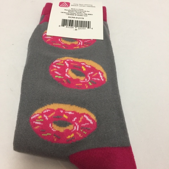 Dunkin' Accessories - DD Strawberry Donut Socks Grey